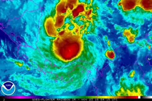 hurricane-otto-kills-3-in-panama-expected-to-hit-central-america-thursday